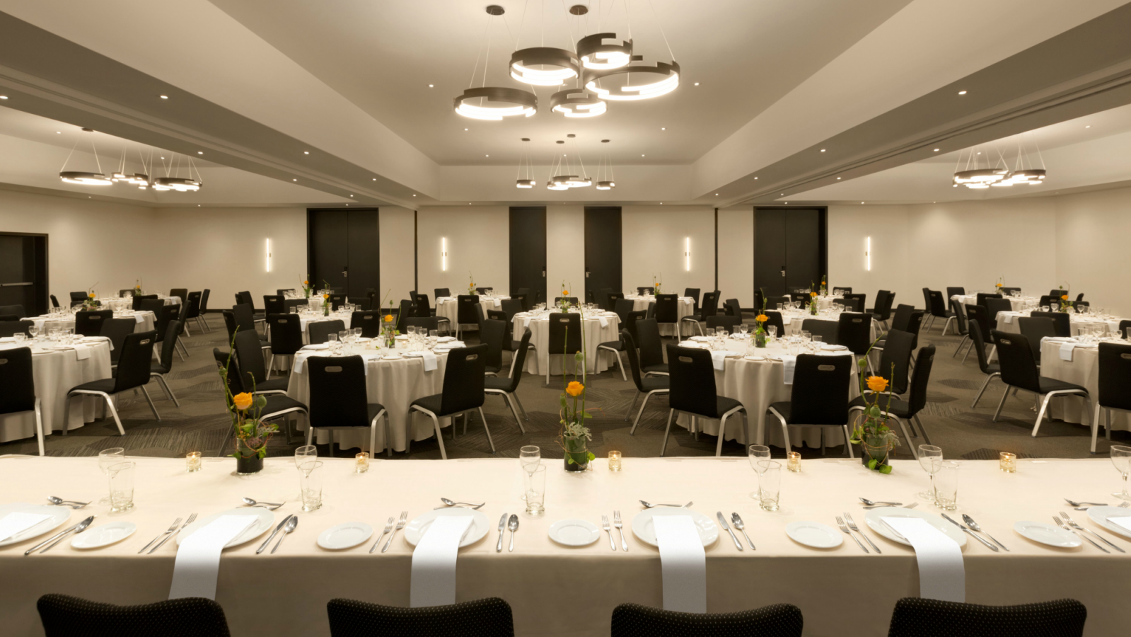 Meetings | Hotel PUR, Quebec, a Tribute Portfolio Hotel